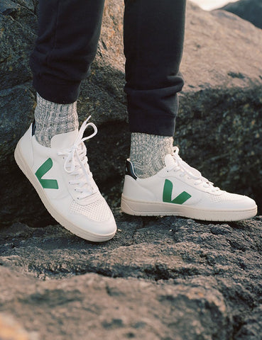 Veja V-10 Leather Trainers - Extra White/Emeraude Green/Black