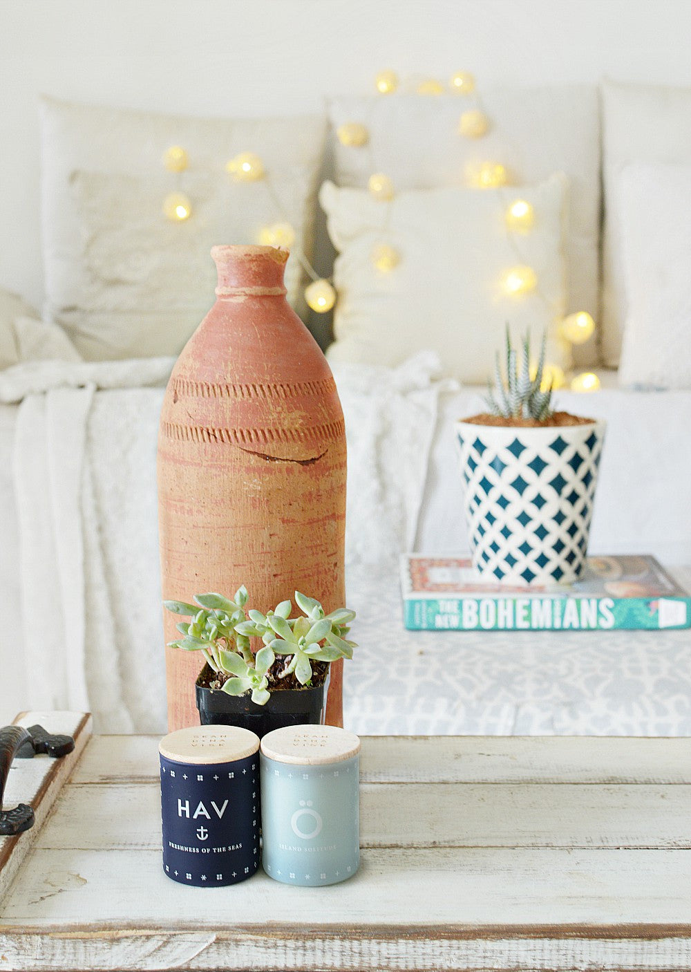 Trumatter styling ideas with modern quests candles a bit about mq if you have some pretty scented candles at hand just group them with books and flowers or indoor plants and scatter them around your home geotapseo Image collections