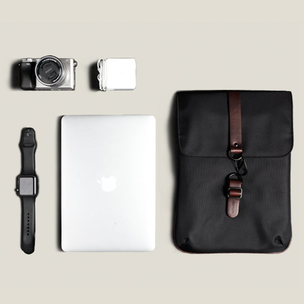 Folio Vol I Sleeve - Jet Black - 13.3 inch