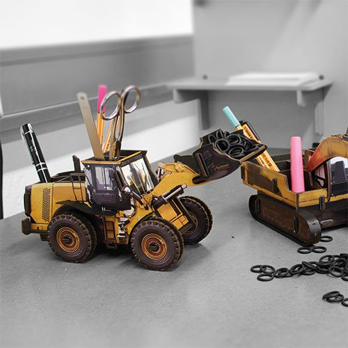 Pen Holder - Wheel Loader