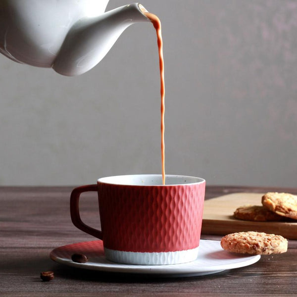 Hue Cup with Saucer - Kiln Red