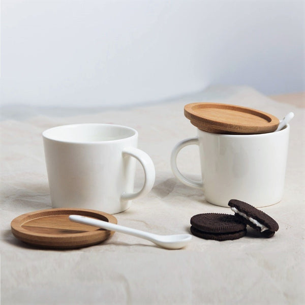 Porcelain Cappuccino Cups with Lid and Spoon, Set of 2