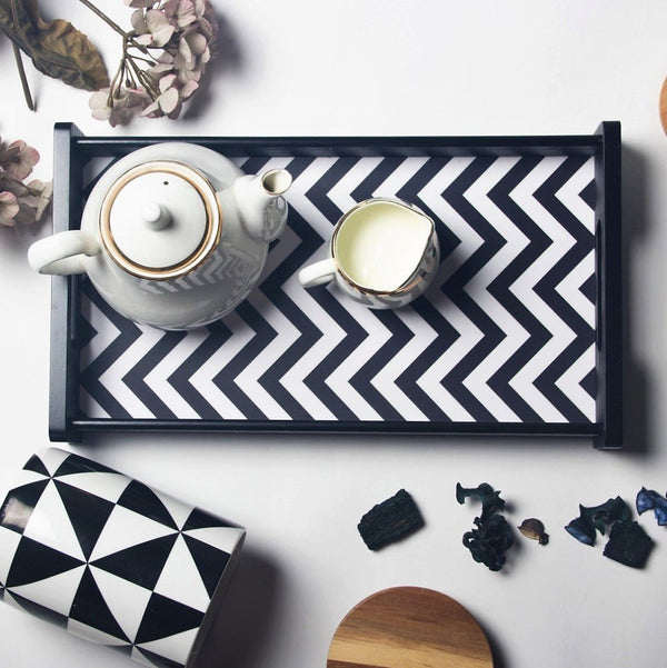 Monochrome Serving Tray - Medium