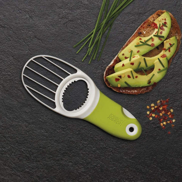 GoAvocado 3-in-1 Avocado Slicer