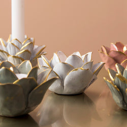 Flora Porcelain Tealight Holder - Pearl White