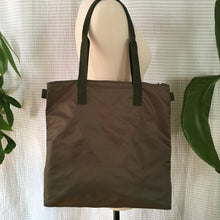 Load image into Gallery viewer, Andy | Nylon Lightweight Handy Bag w/o Lining | Khaki