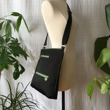 Load image into Gallery viewer, Premium Collection | Original Leather Flower Zipper Pull Series | Large Cross-Body Nylon Multi-Pocket Bag | Black x Green