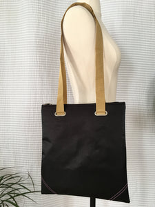 Premium Collection | Square Envelope-Corner Bag | Black x Ochre