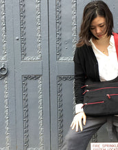 Teela - Medium Multi-Pocket Bag | Black & Red