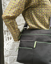 Nico - Small Multi-Pocket | Charcoal & Green
