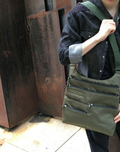 Lucy - Large Multi-Pocket | Ivy Green & Black