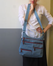 Teela - Medium Multi-Pocket Bag | Blue Jay & Red