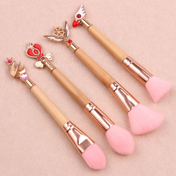 Magical Girl Brush Set - Can't decide on a Sailor Moon or Cardcaptor Sakura brush set? Try out this wooden brush set with designs from both series!
