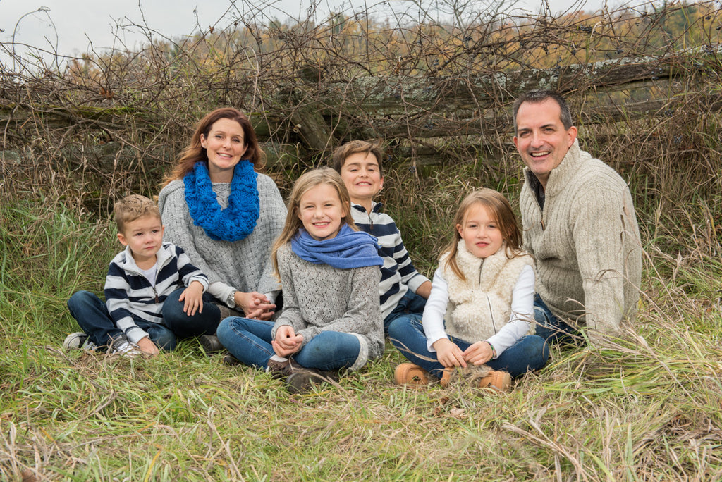 Family Portrait Session - Outdoor Location (Package E)
