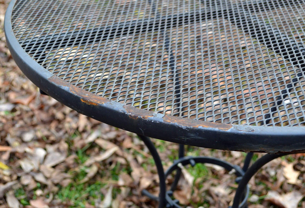 Refurbishing Your Outdoor Metal Furniture