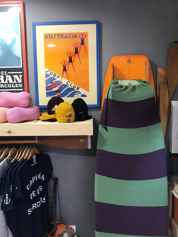 surf boards and CAPITÁN de las SARDINAS T-shirts