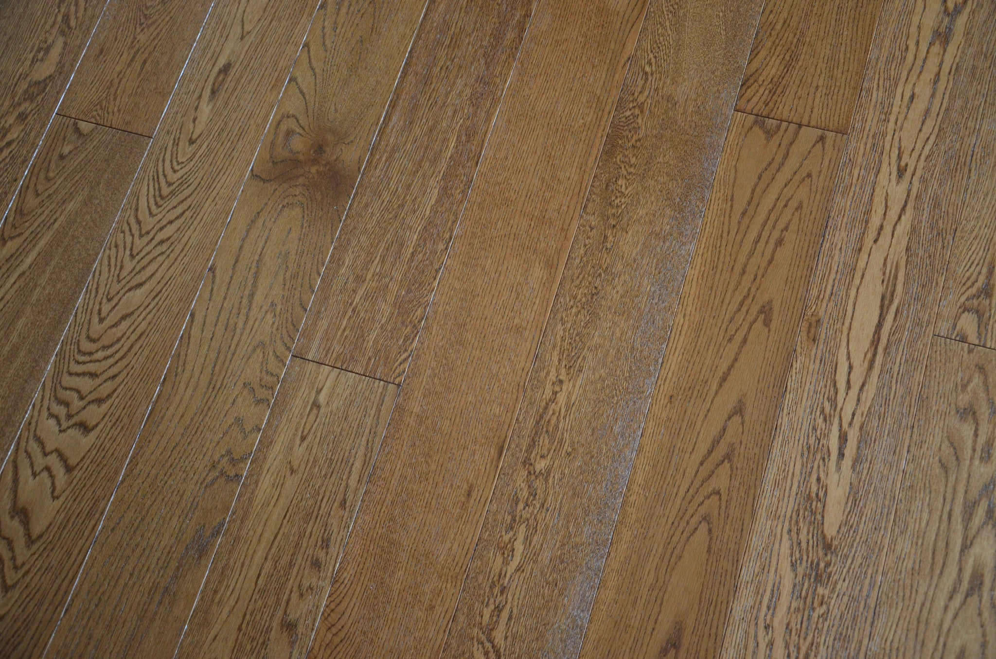 brown oak floor