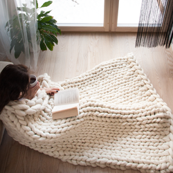 large chunky merino wool cream blanket