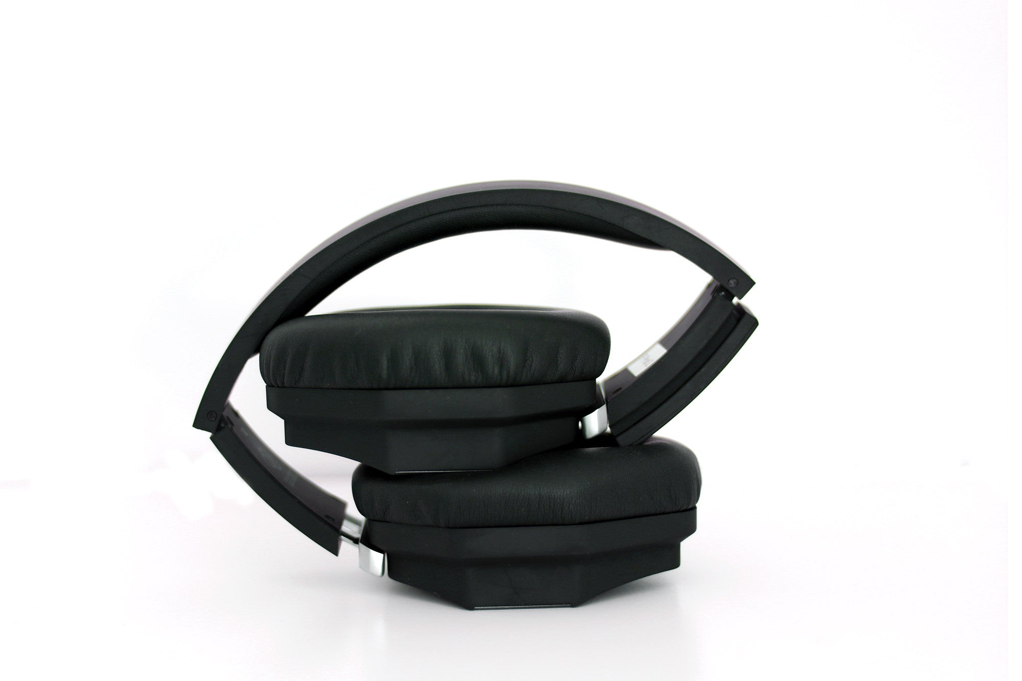 3D Sound One headphone - Akin Tech