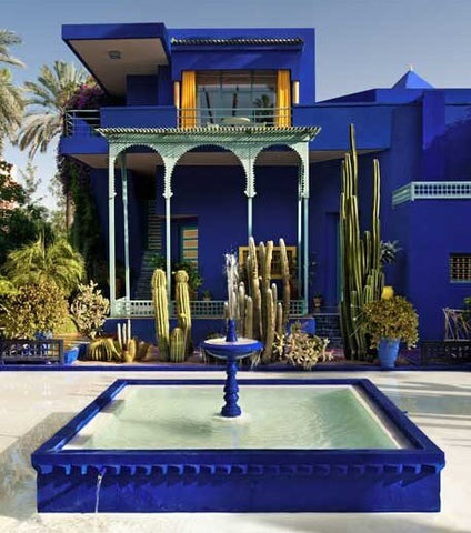 Garden Majorelle blue Fountain