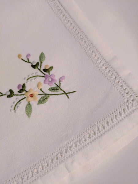 Hand Embroidered  Daisies Cotton Napkin