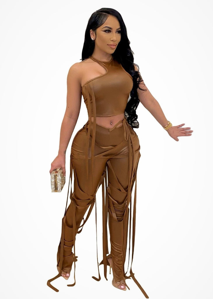 ALL EYES ON ME FAUX LEATHER CROP TOP PANTS SET