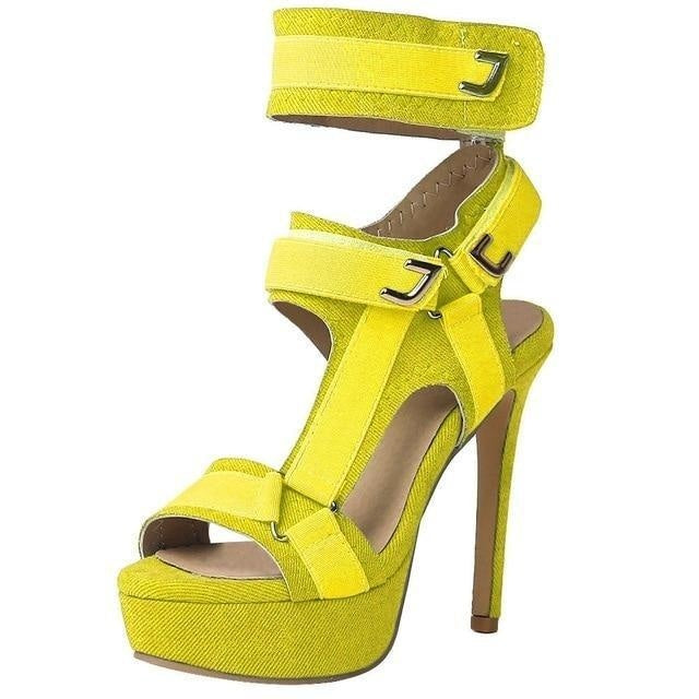 I KNOW I'M HOT BUT THANK YOU SANDALS - YELLOW