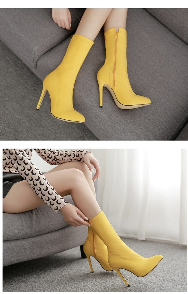 SHE DANGEROUS ANKLE BOOTS - YELLOW