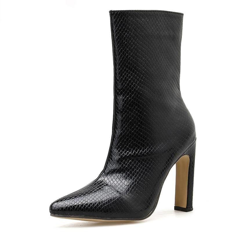 THE CHARLOTTE BOOT