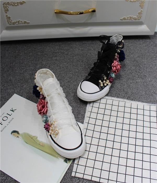 THE FLOWER GIRL HAS SWAG SNEAKERS