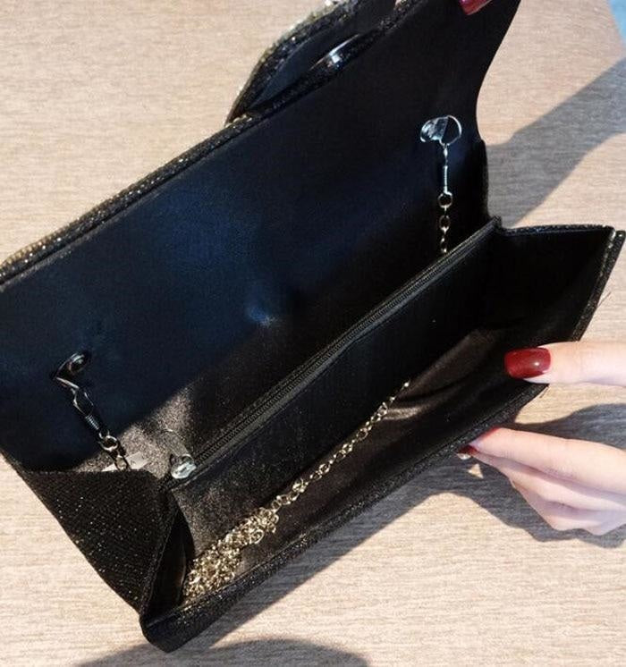 THE SHANEL CLUTCH