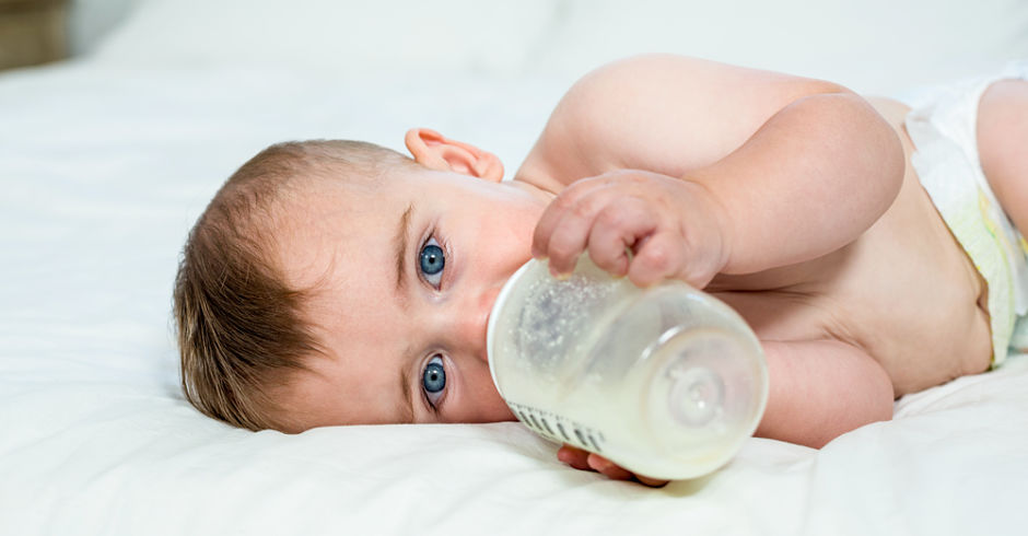 How to wean from breast to bottle