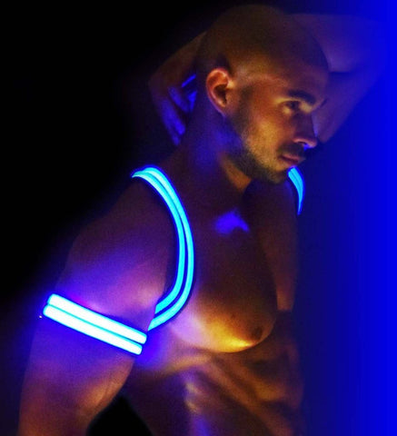 BREEDWELL Bondage - Coming Soon - Breedwell Glow Armband - Blue