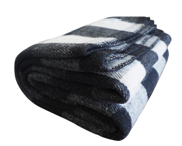 Checkered | Black and Cream White Wool Blanket - Woolly Mammoth Woolen Company
