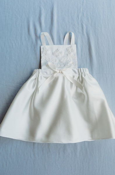 Pretty Pinafore