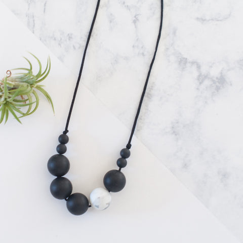 Tyger Alexis silicone teething / nursing / chewy bead necklace - black + marble