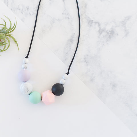 Tyger Alexis silicone teething / nursing / chewy bead necklace - candy geometric