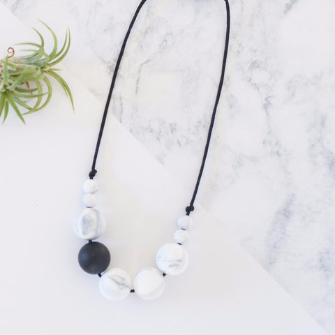 Tyger Alexis silicone teething / nursing / chewy bead necklace - marble + black