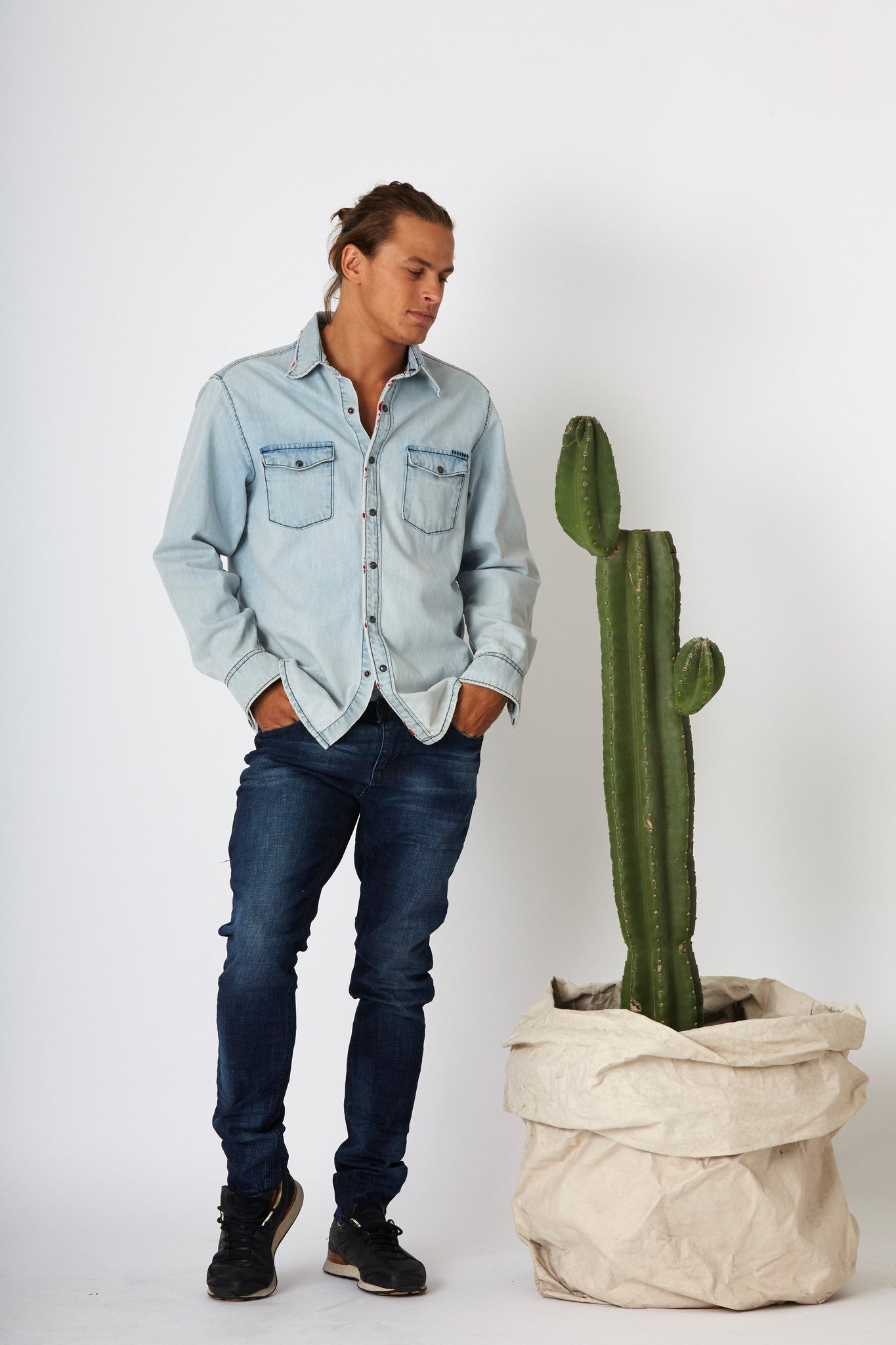 #2A18 Stretch Slim Universe Blue - SALE - - denimcolab