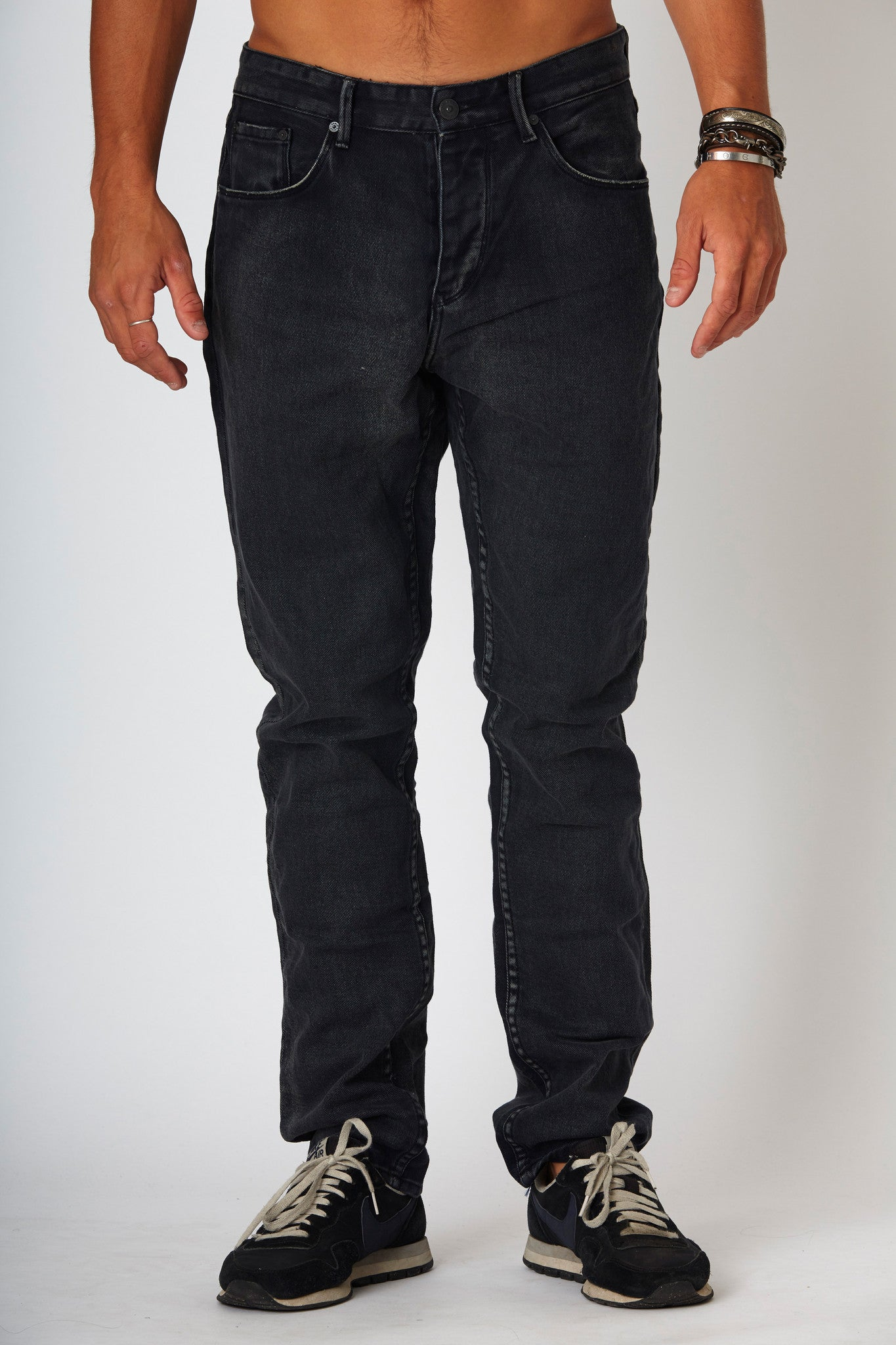 #2A23 Straight Rigid Raven Black - denimcolab