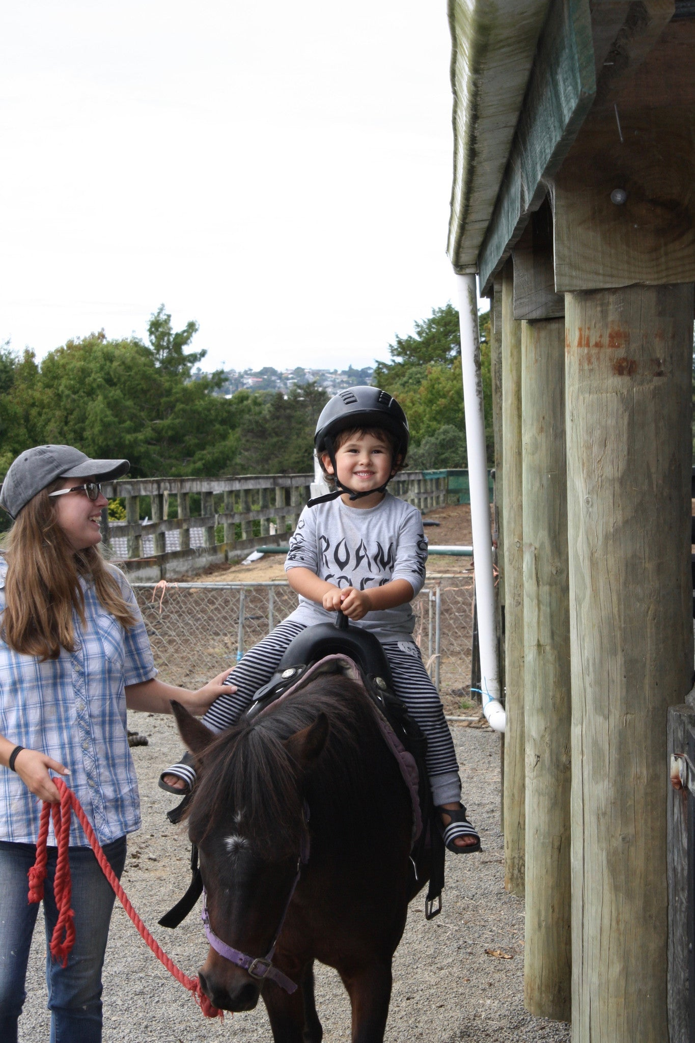 Kids Horse Rides at Kiwi Valley Farm, Things to do with Kids in Auckland, New Zealand. NZ Farm experience, Pop Factory Kids Clothing