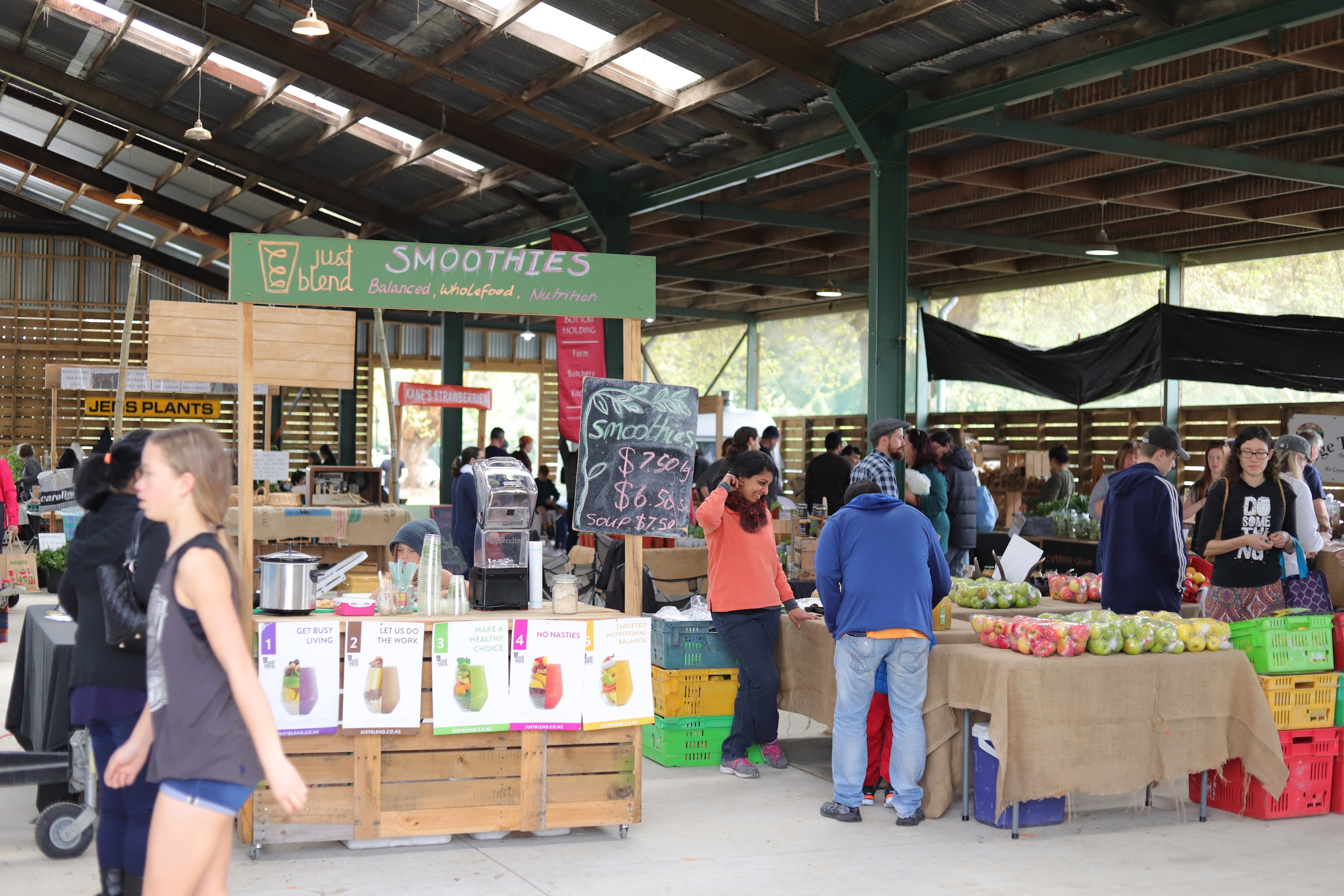Hamilton Farmers Markets, stalls. locally produced food and goods.
