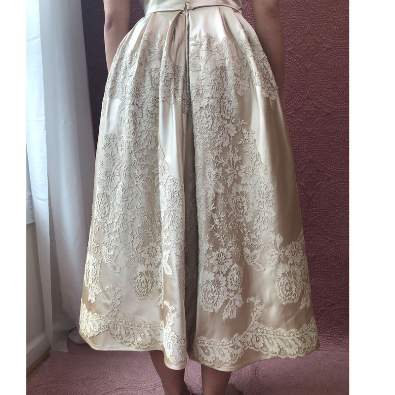 1960s Chantilly Lace & Silk Wedding Dress - Sweet Disorder Vintage