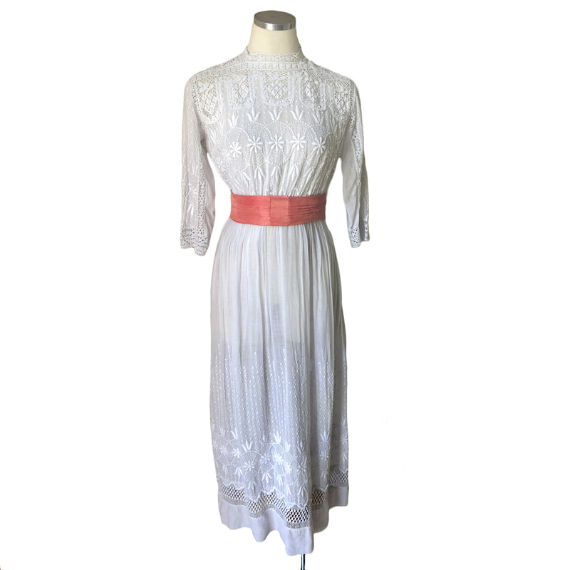 Edwardian Embroidered Lawn Dress - Sweet Disorder Vintage