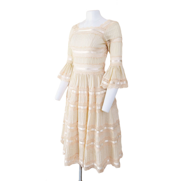 1970s Mexican Wedding Dress - Sweet Disorder Vintage