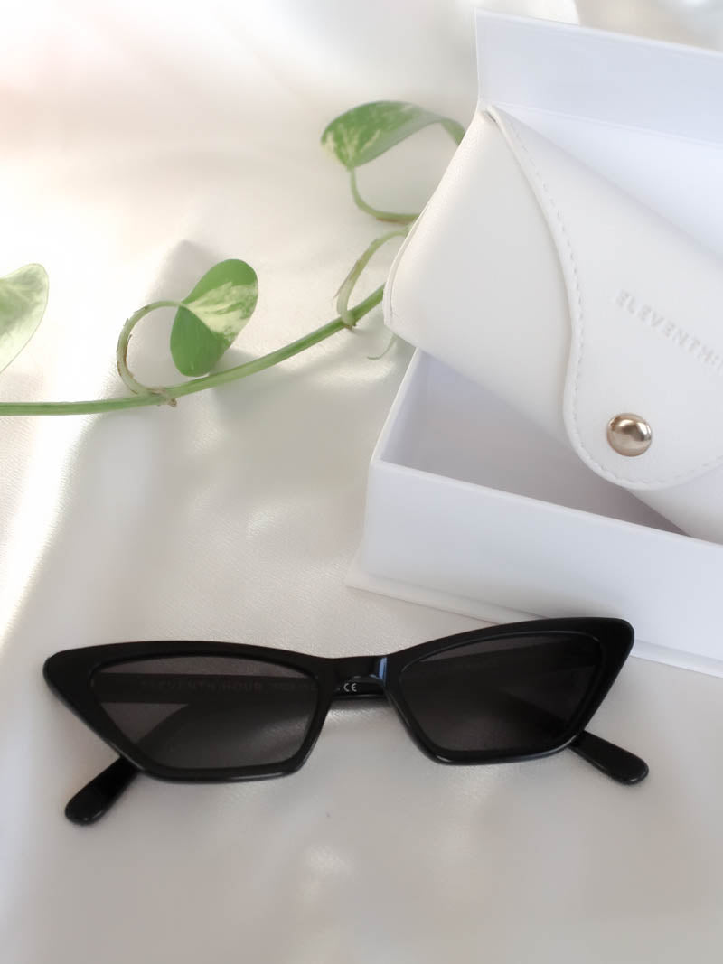 Eleventh Hour Brunch Sunglasses in Black