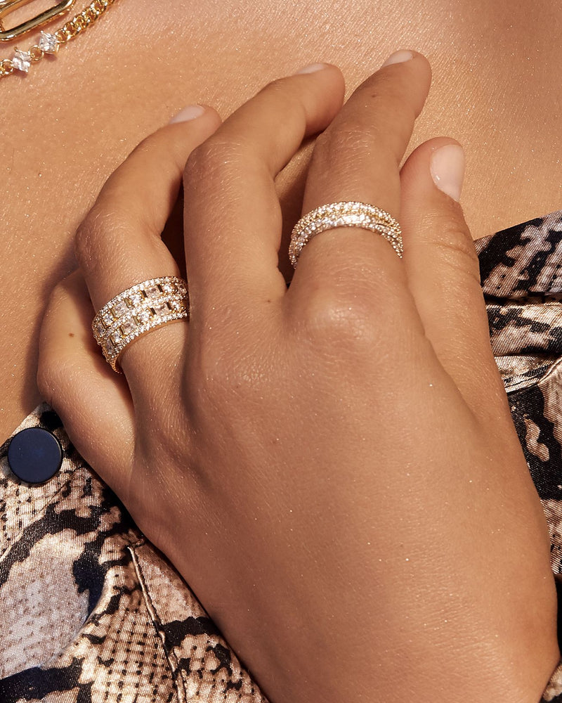LUV AJ GOLD PAVE TWISTED RING