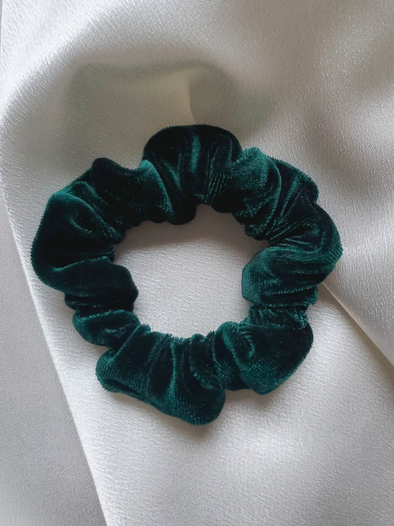 Emerald Duchess Mini Velvet Scrunchie | I'm With The Band