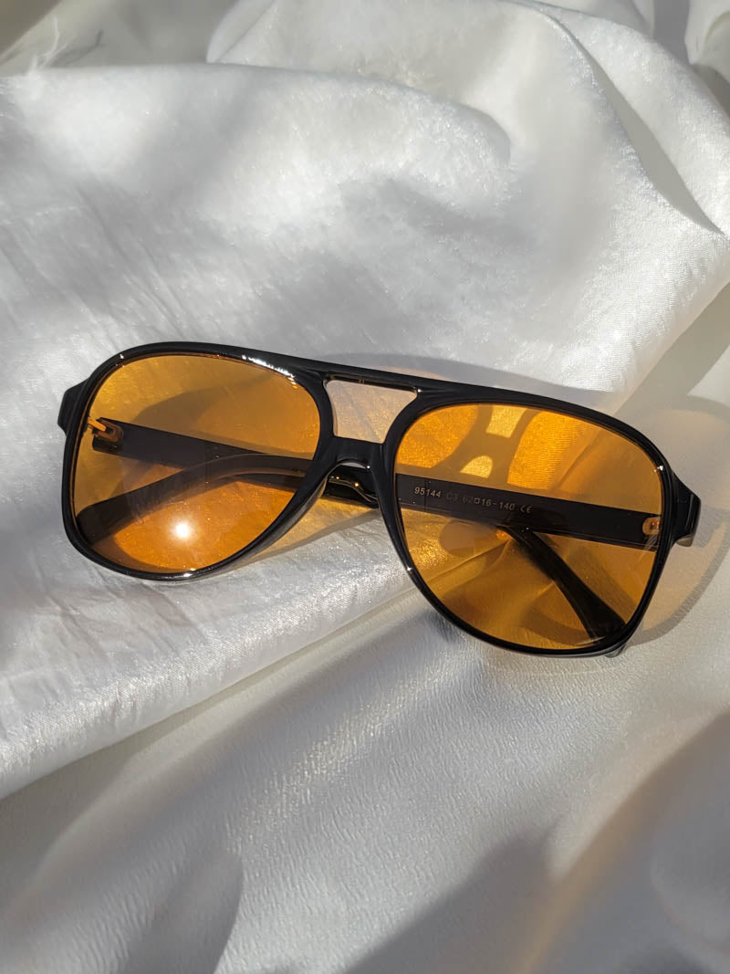 Indy Sunglasses Hugo in Black/Amber