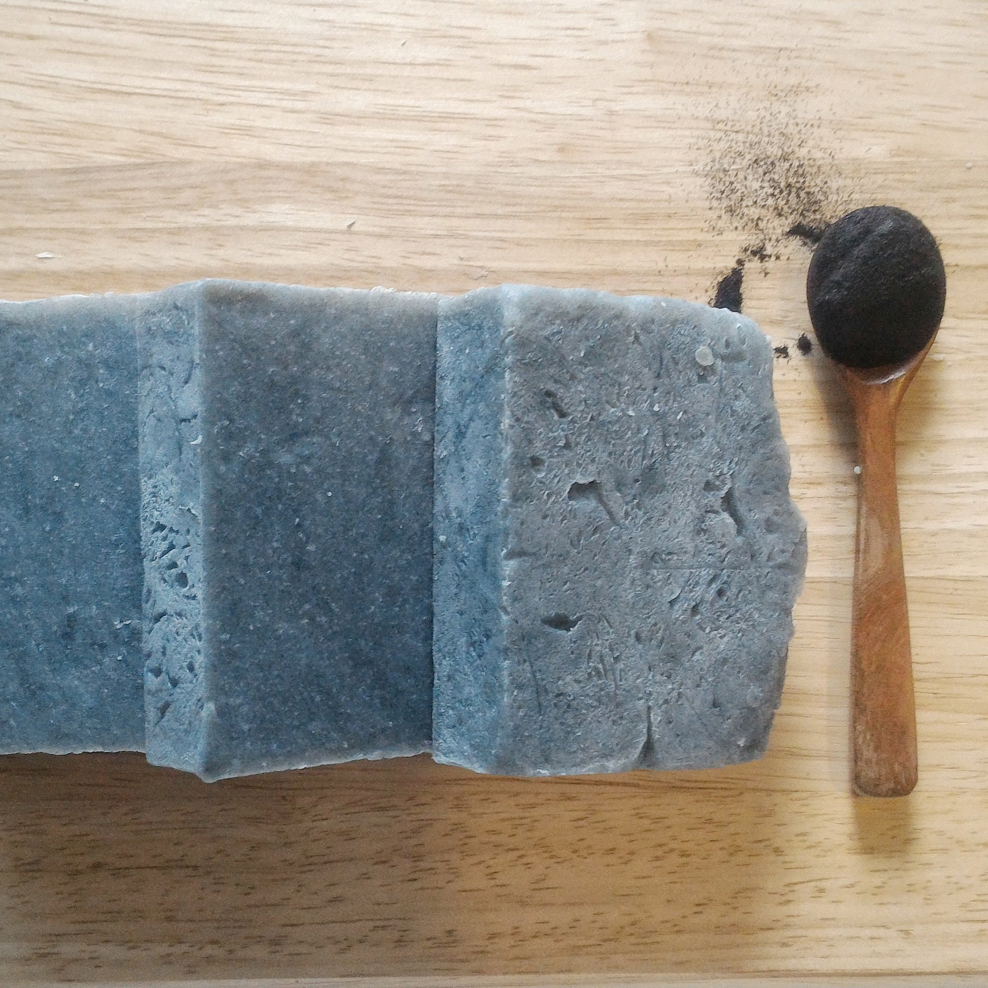 Charcoal soap with Avocado oil (3 bars)